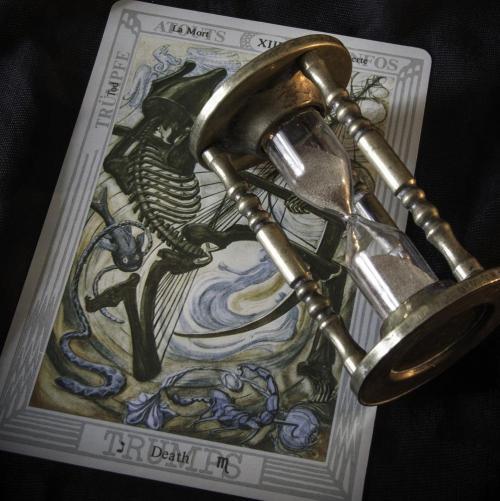 October Violet - Psychics Directory